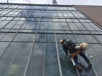 Window Cleaning and Calcium Removal